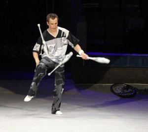 Грин-при «Zelta Karlis – 2013» на Международном фестивале циркового искусства - жонглер Виталий Миронов.