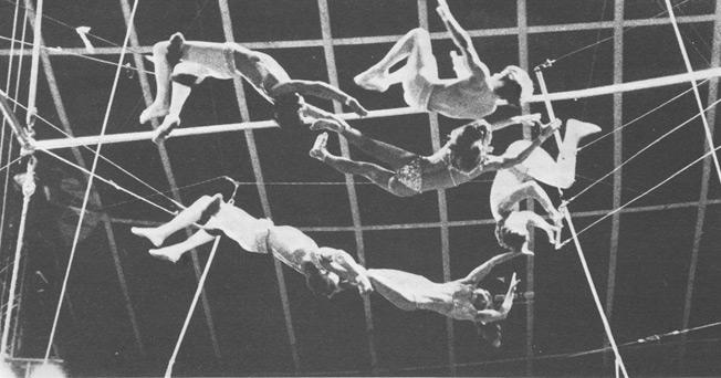 Группа и Ослер дель Канев в Цирке Жана Ришара. 1975 год
