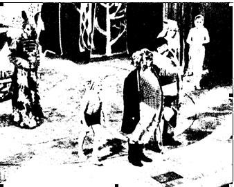 Сцена из спектакля  в Театре зверей  «Волшебный слоненок» 1986 г