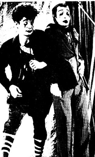 Миниатюра «Вокальный дуэт» (Г. ДЕЛИЕВ, A. ПОСТОЛЕНКО) фото Д. ЗЮБРИЦКОГО