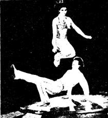 Танц-жонглеры ЛАРИСА и ИГОРЬ АГАРОНОВЫ