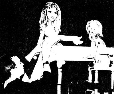 Рабочий момент спектакля в театре кукол