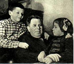 Внучата В. И. Пшеничникова тоже любят цирк