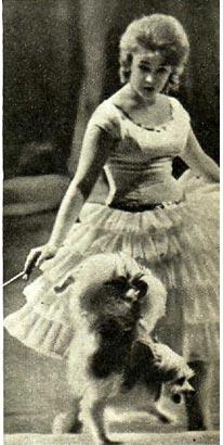 Дрессировщица собачек А. Латвите