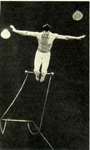 Воздушный гимнаст Жерар Сул