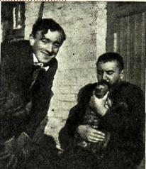 Жакомино и А.   И. Куприн с обезьянкой Марьей Ивановной
