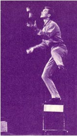 Оригинальный жонглер Э. Маслобойщиков