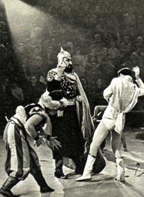 Сцена из конно-балетной пантомимы «БАХЧИСАРАЙСКАЯ ЛЕГЕНДА».