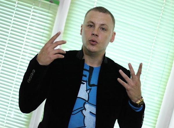 Василий Колос: «Якутский цирк утонет в духах «Шанель»