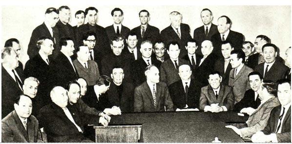 Участники совещания на беседе у руководителей Союзгосцирка