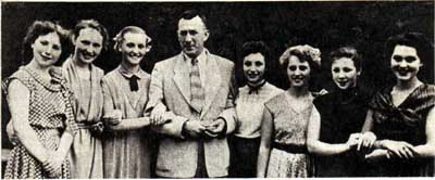 А. Волошин со студентами