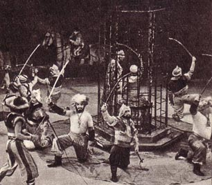 Массовая   сцена   из   цирковой пантомимы   «Бахчисарайская  легенда»