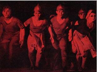 На снимке:  сцена из «Октябрьской легенды»