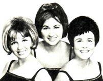 Трио «Эхо», в составе которого Бранка Закошен, Гордана Рамишчак и Гелена Сабляк.