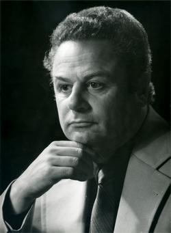 Авьерино Юрий Карлович - народный артист РСФСР,  иллюзионист.
