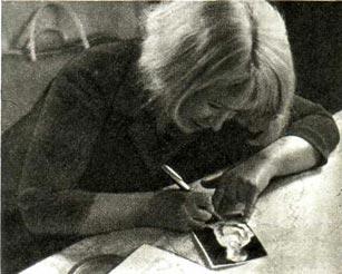 Александра Пахмутова. Автограф на память