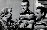 Воздушные гимнасты Звягины (отец и сын) с партнёром Эдуардом Гуламовым (старшим) (Новосибирск, 1961)..jpg