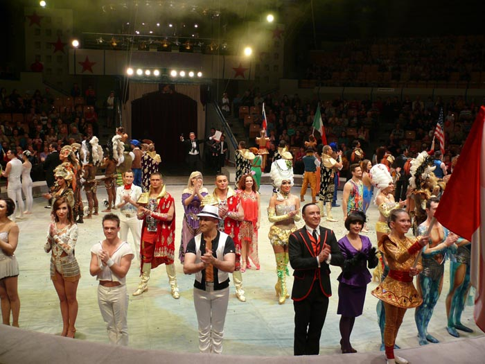 6 марта 2014 г. на арене ижевского цирка прошла торжественная церемония открытия VII Международного фестиваля циркового искусства.