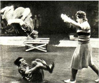 Фрагмент из сценки «Девушка и хулиганы»