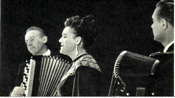 1964 г.  (слева  направо) — заслуженный  артист  РСФСР А. Шалаев, Л. Зыкина, Н. Крылов