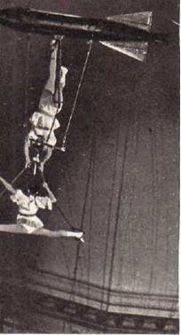 Воздушные гимнасты на торпеде 2 Эрнесто