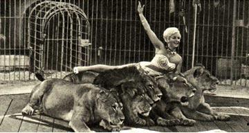 Дрессировщица львов Кристина Терликовская