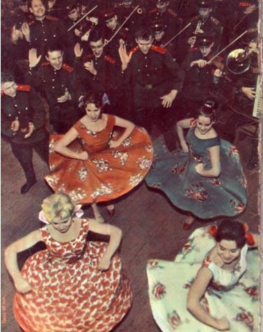 Обложка Журнала Советский цирк. Февраль 1965 АНСАМБЛЬ ПЕСНИ  И   ПЛЯСКИ МОСКОВСКОГО ВОЕННОГО   ОКРУГА