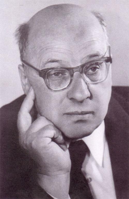Ю. Дмитриев - друг и советчик артистов
