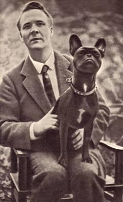 Ф. И. Шаляпин с собакой Булькой.