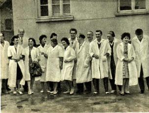 Артисты на софийской кондитерской фабрике