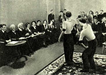 К. С.  Станиславский отбирает «цирковые» номера  (1937 г.)