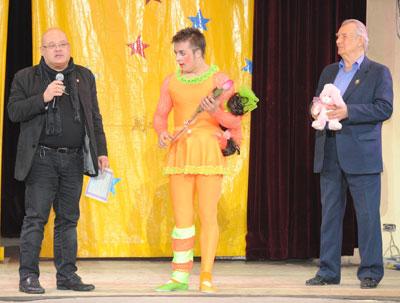 26 марта 2012 в Центре циркового искусства (ЦЦИ) состоялся очередной просмотр цирковых номеров и выпуск  клоуна «Кука» - Асташова К.В