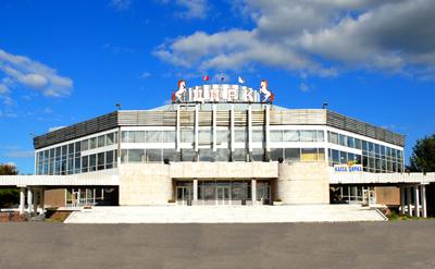 В Омском цирке 28 октября 2012 г. прошло эстрадно-цирковое шоу «В гостях у цирка»