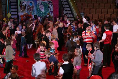 В Екатеринбургском цирке завершился V Всемирный фестиваль клоунов