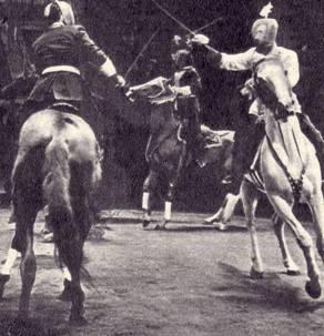 Джигиты Кантемировы демонстрируют конную игру: «Бой султанчиков»