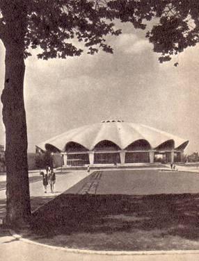 Замечательное помещение нового Бухарестского цирка3