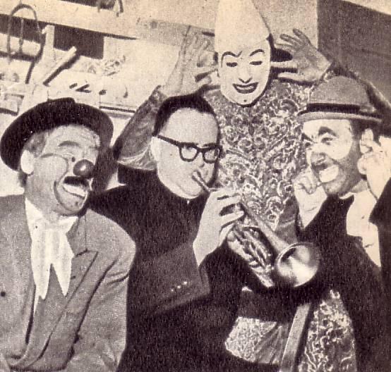 С некоторых пор в цирках Западной Европы стало популярно имя некоего Иоанна   Боско