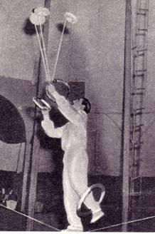 жонглер-эквилибрист  Ангел Божилов