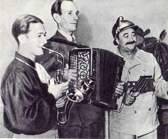Я. Гофтман в музыкально-эксцентрическом номере «Веселые пожарные» (1956 г.)