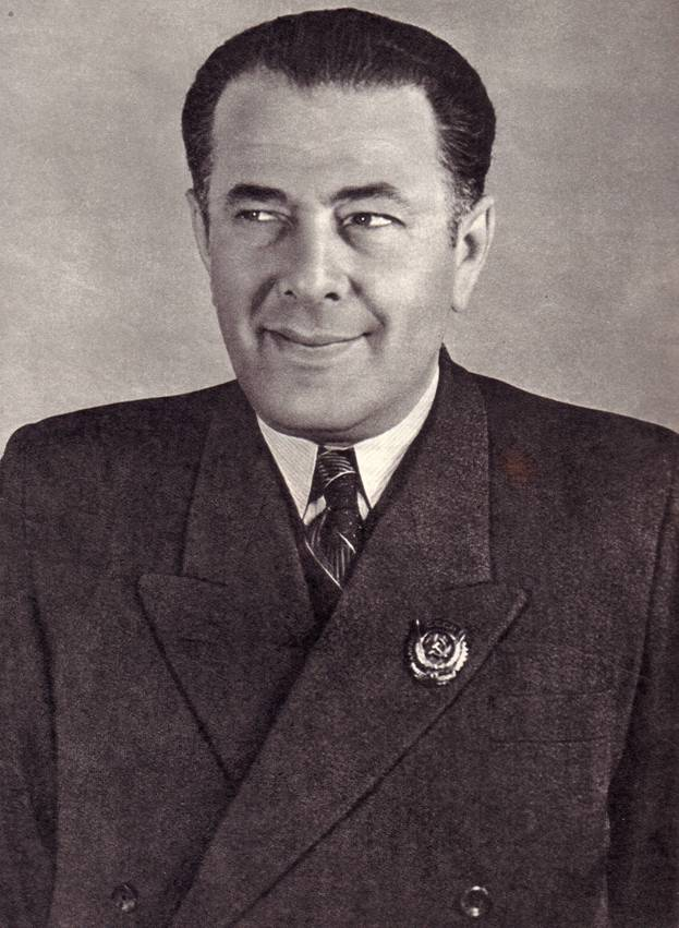Заслуженный артист РСФСР Э. Ф. КИО