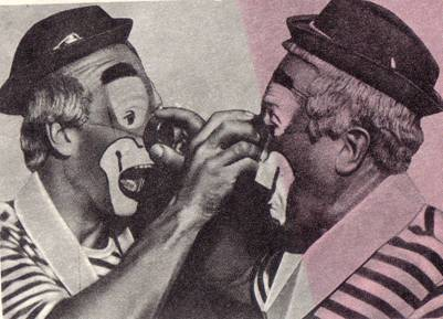 Ольфредо и Орест популярные в Англии клоуны,  выступающие в компании с «негром» «шоколад» и «Тони» - клоуном в костюме Пьеро.