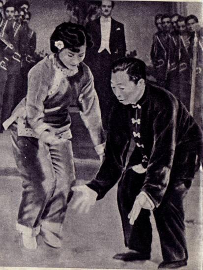 Пантомимисты-звукоподражатели Сун Тхай (Китай)