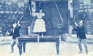 Оригинальные жонглеры-биллиардисты Белоусовы
