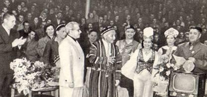 Народный артист Узбекской ССР Мухаммед Ходжаев после 60 лет работы в цирке уходит на заслуженный отдых